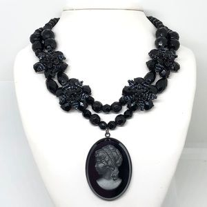 🆕Vintage Hematite Cameo & Black Crystal Necklace